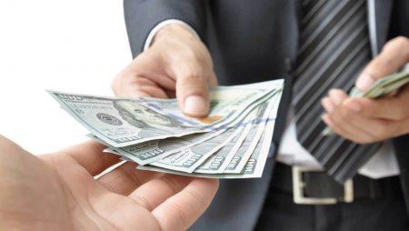 Mơ thấy có người trả tiền/trả nợ là điềm báo gì? Đánh con bao nhiêu trúng to?