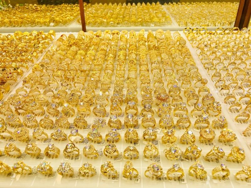 Khi mộng thấy cướp tiệm vàng ghi nhanh cặp lô đề 06 - 07